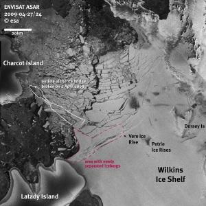 Wilkins Ice Shelf Breaks up on Antractica